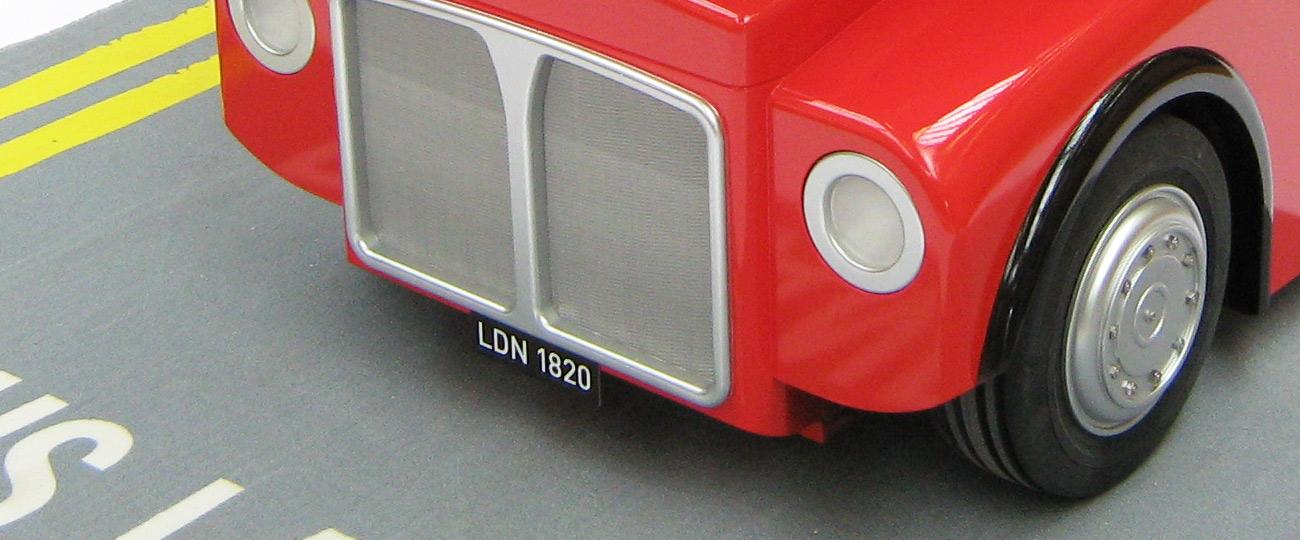Amalgam-Beefeater-Bus-IV