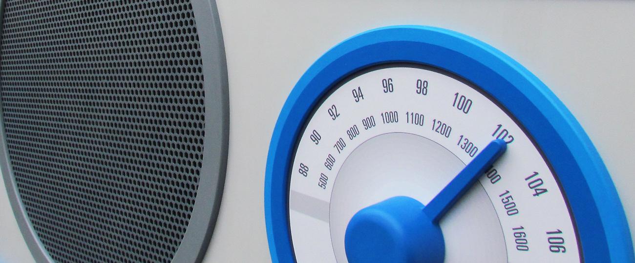BBC-Radio-Cymru-Giant-Radio-2