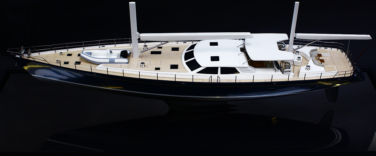 Private-Yacht-Model-III